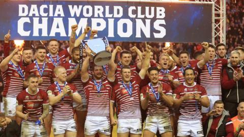Wigan celebrate winning World Club challenge