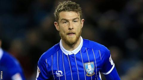 Sheffield Wednesday's Sam Winnall, Derby's Jacob Butterfield swap clubs on loan