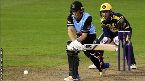 Philip Salt of Sussex batting