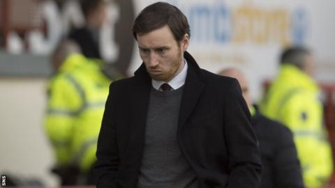 Hearts head coach Ian Cathro looks concerned as his side lose to Partick Thistle