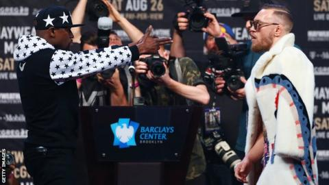 Floyd Mayweather accuses Conor McGregor of making racist comments