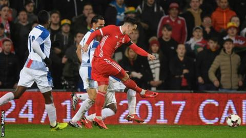 Tom Lawrence scores