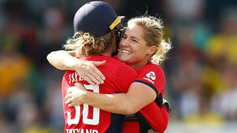 Sarah Taylor and Katherine Brunt