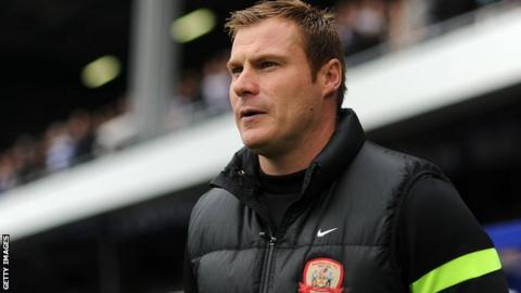Swindon hire Flitcroft as new manager