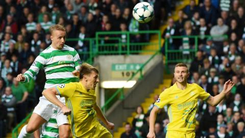 Leigh Griffiths heads wide
