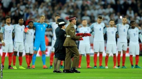 England team poppy