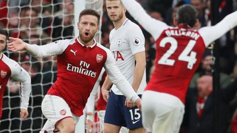 Mustafi scores for Arsenal