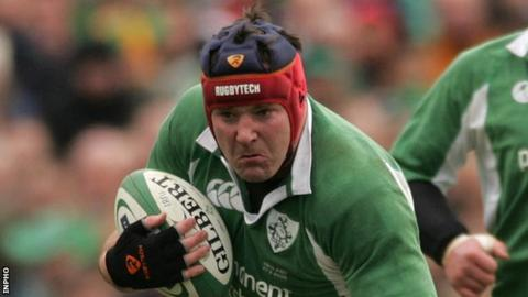 Anthony Foley in action against England in 2005