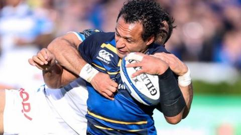 Isa Nacewa slid over for Leinster's fourth try to secure a bonus-point win over Castres