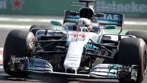 Lewis Hamilton trails Daniel Ricciardo in Mexican Grand Prix second practice