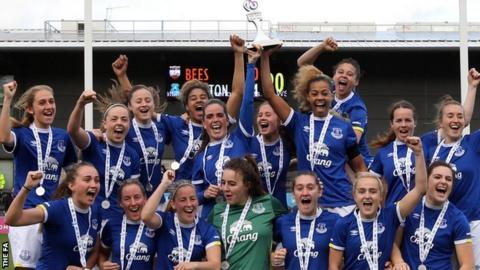 Everton Ladies celebrate winning WSL 2 Spring Series title