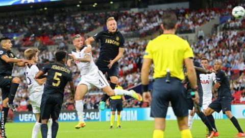 Toby Alderweireld scores for Tottenham