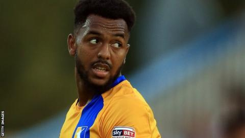 Ashley Hemmings in action for Mansfield Town