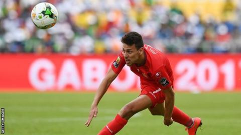 Tunisia beats Guinea, closer to World Cup finals