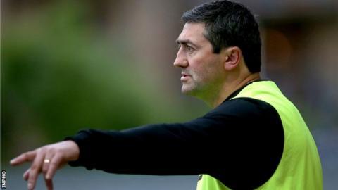 Derry City manager Peter Hutton