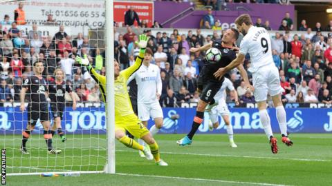 Fernando Llorente heads Swansea City ahead against Everton