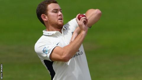 Ryan Higgins: Gloucestershire sign Middlesex all-rounder ...