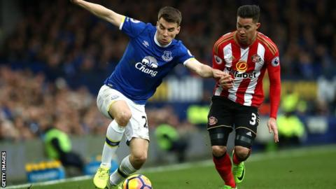 Injured Coleman signs five-year deal with Everton