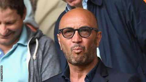 Wolves appoint Zenga to replace Jackett