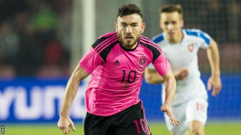 Robert Snodgrass in action for Scotland in their March friendly against Czech Republic