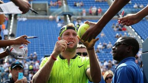 Djokovic ends Edmund's run to reach quarter-finals