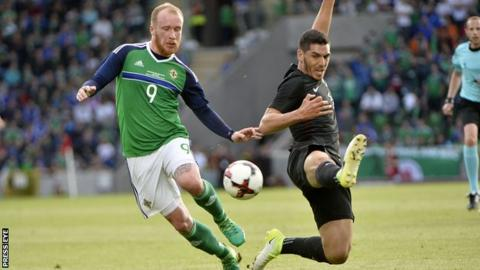 Liam Boyce battled with New Zealand's Michael Boxall