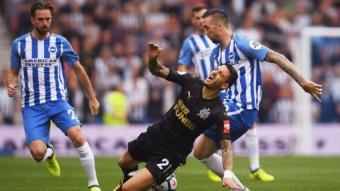 Brighton's Shane Duffy challenges Joselu