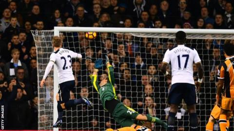 Pochettino wants Spurs to step on the gas