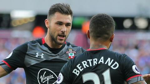 Charlie Austin (left) and Ryan Bertrand