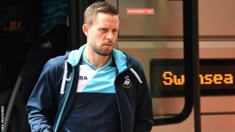 Leon Britton: 'Gylfi Sigurdsson exit would be a massive blow'