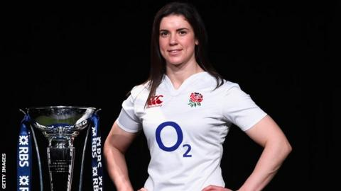 Sarah Hunter with the Six Nations trophy