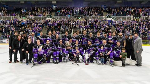 Braehead Clan celebrate winning the Gardiner Conference for the third year in a row