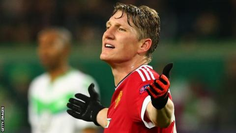 Schweinsteiger 'ready' if needed