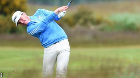 Connor Syme is considering turning professional in 2018