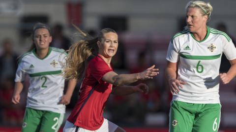 isa Marie Utland of Norway, Rachel Newborough, Ashley Hutton of NI during the FIFA 2018 World Cup Qualifier