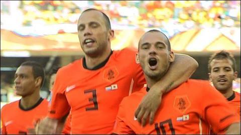 World Cup 2010: Sneijder puts Dutch ahead