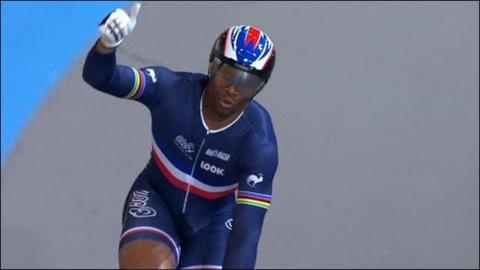 Highlights - Bauge beats Kenny to sprint gold