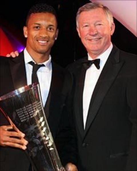 Nani and Sir Alex Ferguson at United annual awards ceremony