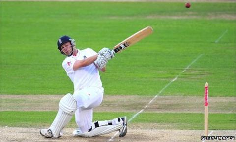 Jonathan Trott hits out