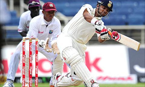 Suresh Raina hits leg-spinner Devendra Bishoo