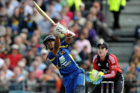 Sri Lanka's Dinesh Chandimal hits out against England