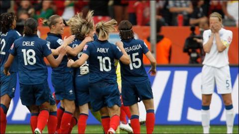 Highlights - England 1-1 France (3-4 on pens)