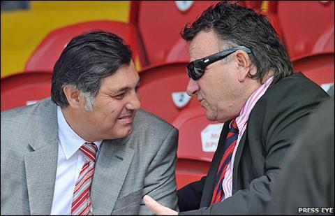 Yalcin Cubuk with fellow Portadown director Bobby Jameson at Saturday's home game against Lisburn Distillery