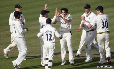 Warwickshire celebrate a wicket
