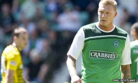 Celtic's Anthony Stokes and Hibs striker Garry O'Connor