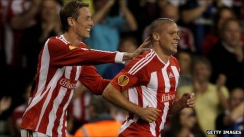 Peter Crouch (left) and Jon Walters