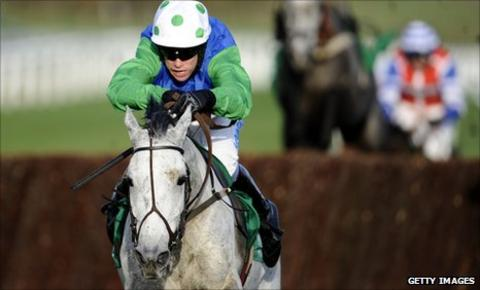Great Endeavour, ridden by Timmy Murphy, wins the Paddy Power Gold Cup at Cheltenham