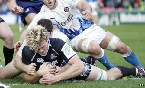 Richie Gray scores a try for Glasgow Warriors against Bath