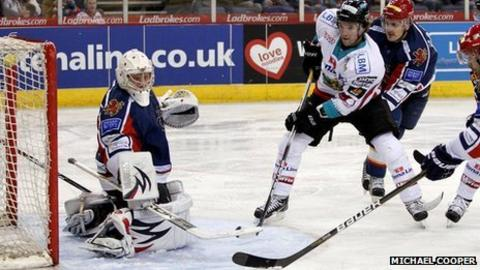 Darryl Lloyd scores against the Capitals in Friday night's victory