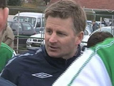 Tony Vance speaking to Guernsey players
